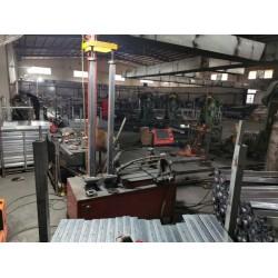 万科自动立柱底板焊机-红九州