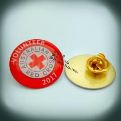 广州爱心彩色章子、金属印刷徽章、渐变色印刷襟章制作